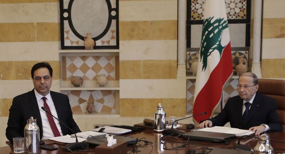 Il primo ministro libanese Hassan Diab e il presidente del paese Michele Aoun
