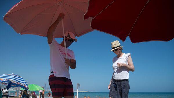 Una spiaggia di Malaga - Sputnik Italia