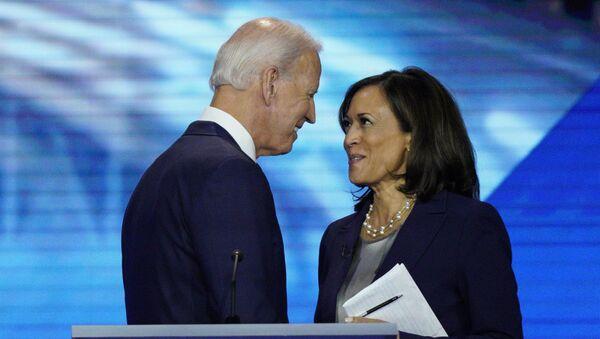 Joe Biden e Kamala Harris - Sputnik Italia