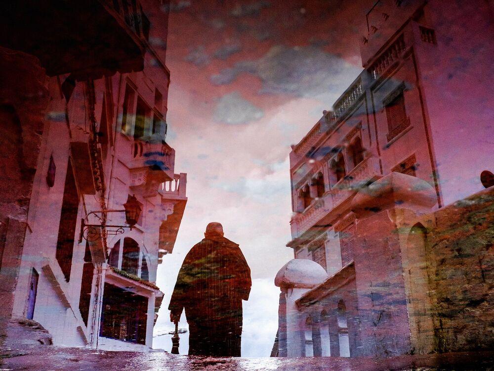 Una via nella città di Tangier, Marocco.