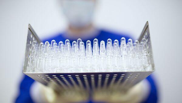 La produzione del vaccino anti-COVID russo - Sputnik Italia