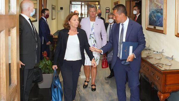 Il ministro Lamorgese e il ministro Di Maio in visita in Tunisia - Sputnik Italia