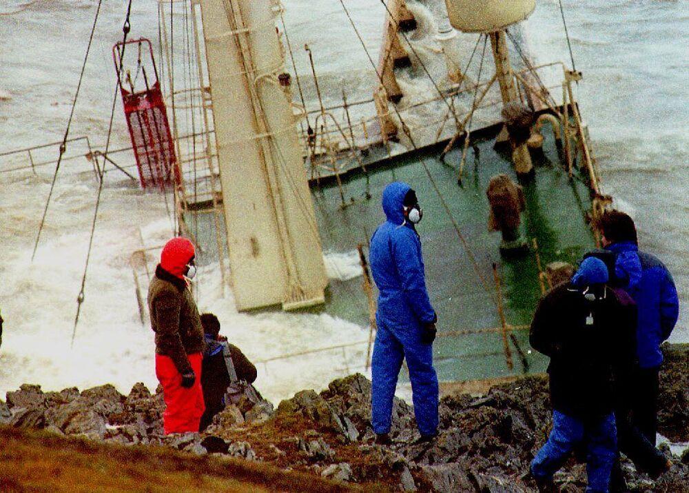 La petroliera Braer è naufragata al largo della costa meridionale dell'isola continentale nell'arcipelago delle isole scozzesi il 5 gennaio 1993.