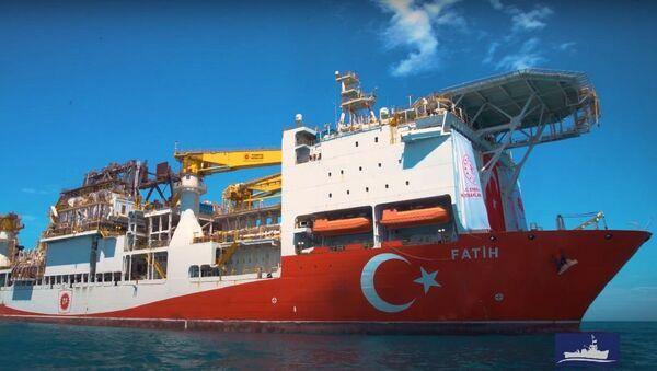 Fatih, nave di ricerca turca - Sputnik Italia