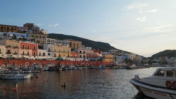 Il porto di Ponza - Sputnik Italia