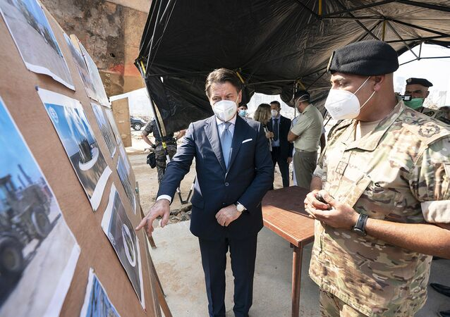 Il Presidente del Consiglio, Giuseppe Conte, ha visitato l'area del porto di Beirut devastata dall'esplosione del 4 agosto