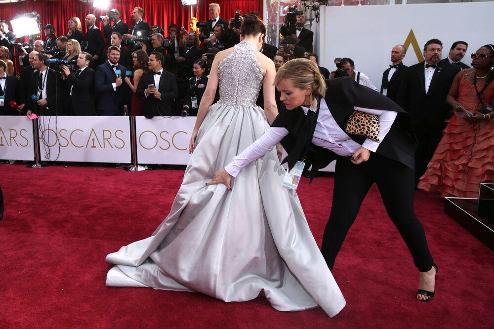 Felicity Jones arriva agli Oscar domenica 22 febbraio, 2015, Los Angeles