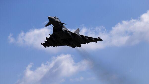Caccia Typhoon della Royal Air Force britannica - Sputnik Italia