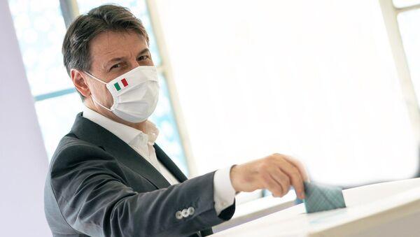 Giuseppe Conte  - Sputnik Italia
