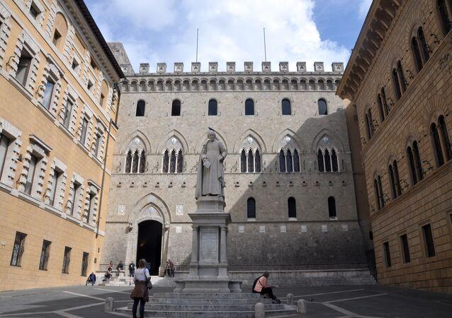 Siena, Piazza Salimbeni (Bank Monte dei Paschi di Siena)