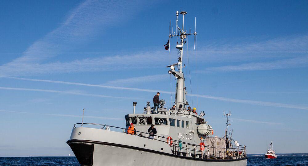Nave della guardia costiera danese