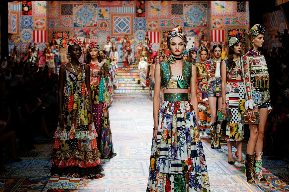 La presentazione della collezione Dolce & Gabbana durante la Settimana della Moda Milano