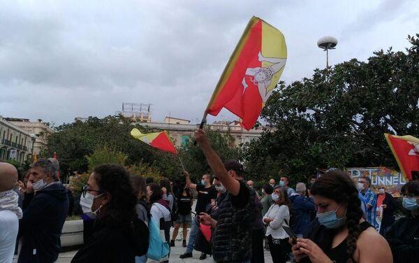 La manifestazione della rete No Ponte per la creazione e il potenziamento delle infrastrutture sul territorio - Sputnik Italia