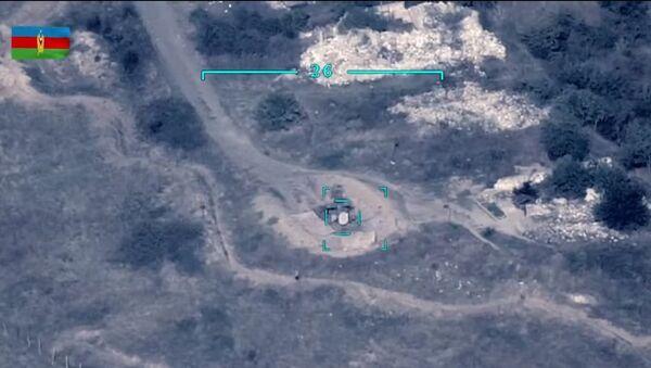 Militari azeri prendono di mira un obiettivo armeno - Sputnik Italia