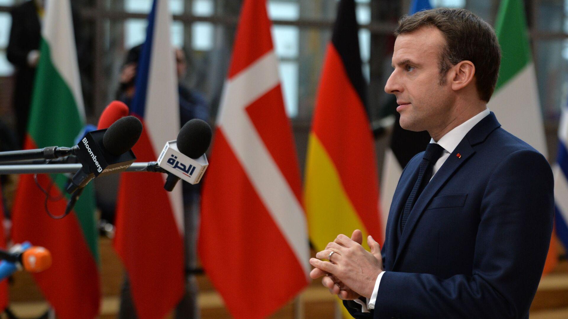 Emmanuel Macron - Sputnik Italia, 1920, 14.06.2021