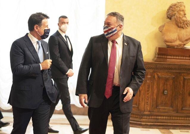 Mike Pompeo ricevuto a Palazzo Chigi
