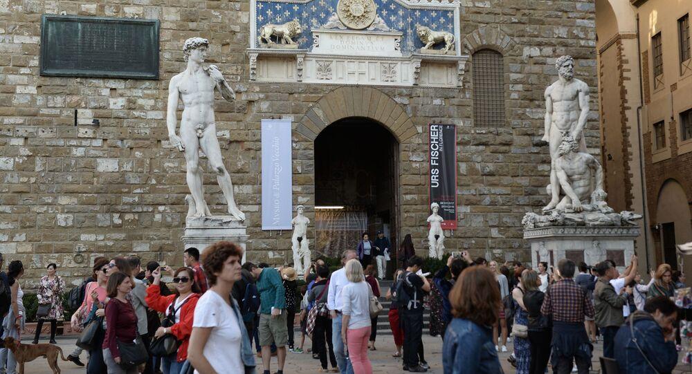 All'ingresso del Museo di Palazzo Vecchio a Firenze.