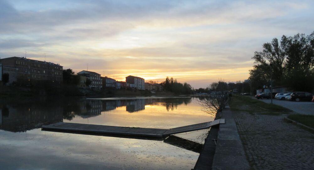 Il Po di Volano a Ferrara, nella zona della nave