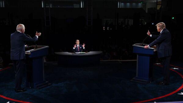Il 29 settembre 2020 il presidente degli Stati Uniti Donald Trump e il candidato democratico Joe Biden hanno preso parte al primo dibattito TV - Sputnik Italia