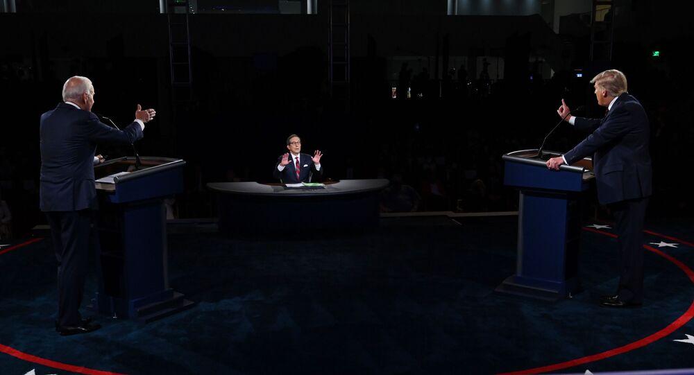 Joe Biden e Donald Trump durante il primo dibattito televisivo
