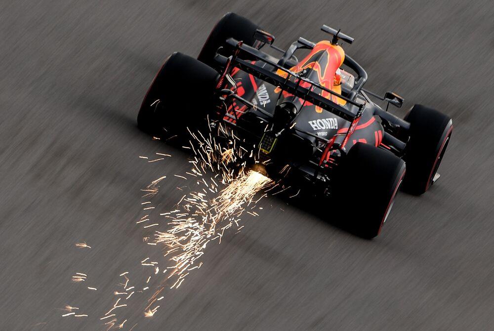 Il pilota Max Verstappen partecipa alla tappa del Campionato di Formula 1 a Sochi