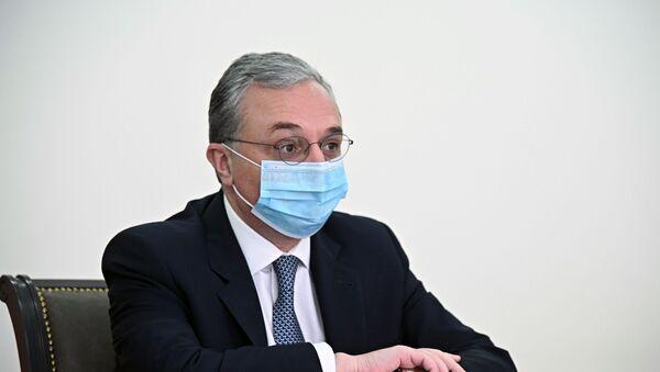 Il ministro degli Esteri armenoZohrab Mnatsakanyan - Sputnik Italia