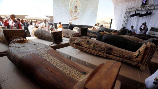 L'Egitto annuncia la scoperta di 59 antichi sarcofagi conservati in buone condizioni - Sputnik Italia