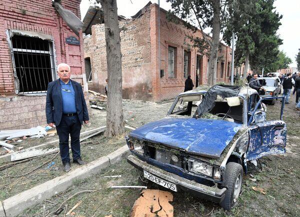 Conseguenze del bombardamento della città di Ganja - Sputnik Italia