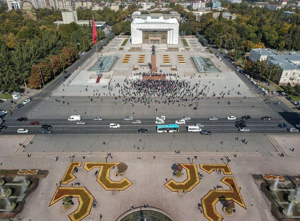 Proteste dopo le elezioni parlamentari a Bishkek, Kirghizistan
