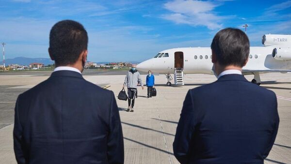 Atterrati a Roma i due ostaggi italiani liberati in Mali - Sputnik Italia