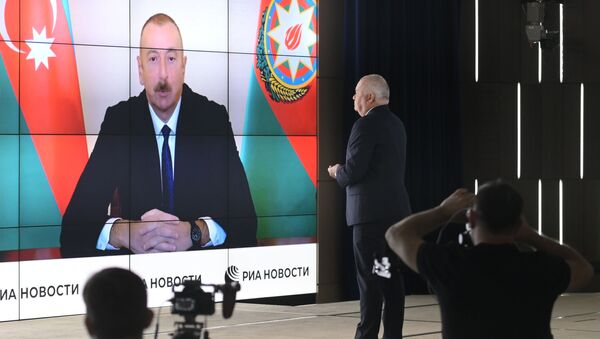 L'intervista ad Aliyev - Sputnik Italia