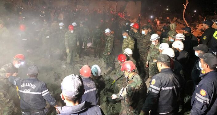 Il pesante bombardamento a Ganja da parte delle forze armate dell'Armenia nella notte tra il 16 e 17 ottobre