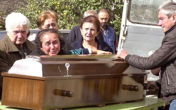 I funerali di Arthur Agajanian - Sputnik Italia