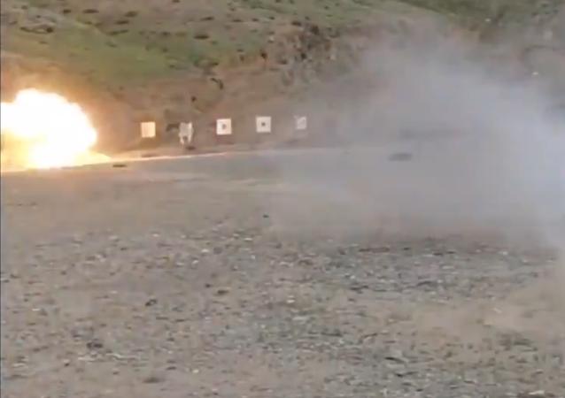 Poligono di tiro in Iran