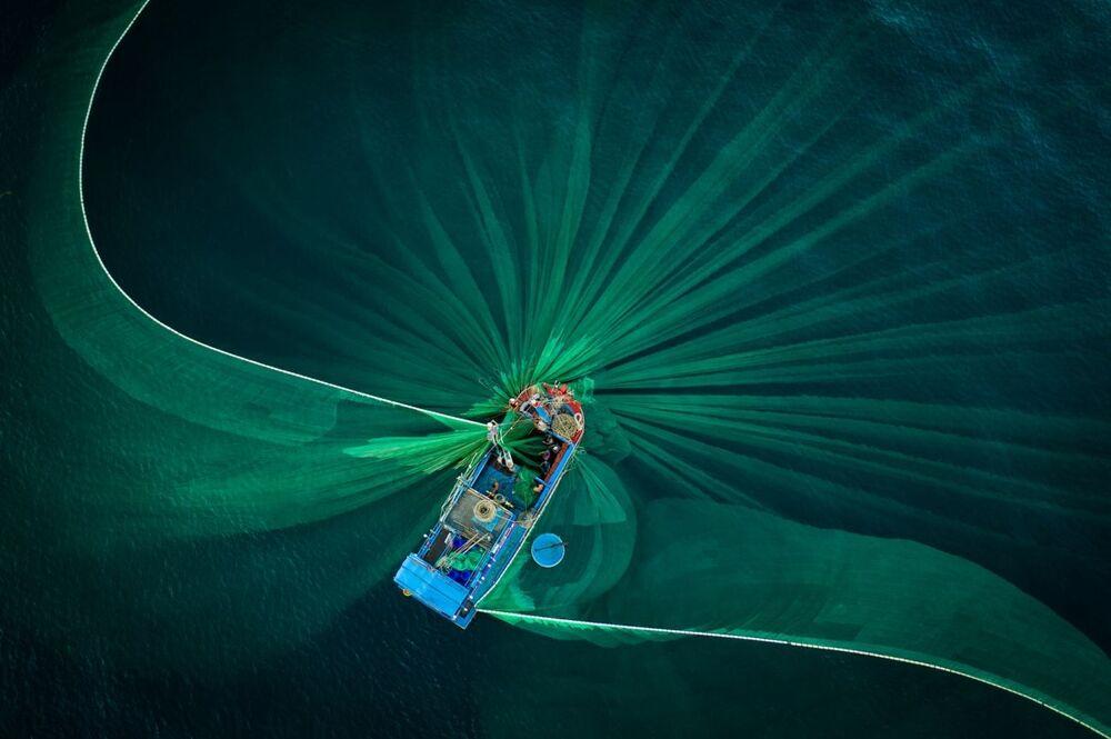 La foto Fioritura del fotografo vietnamita Thien Nguyen, che è stata la seconda nella categoria  Viaggi e avventure del concorso Siena International Photo Awards 2020.