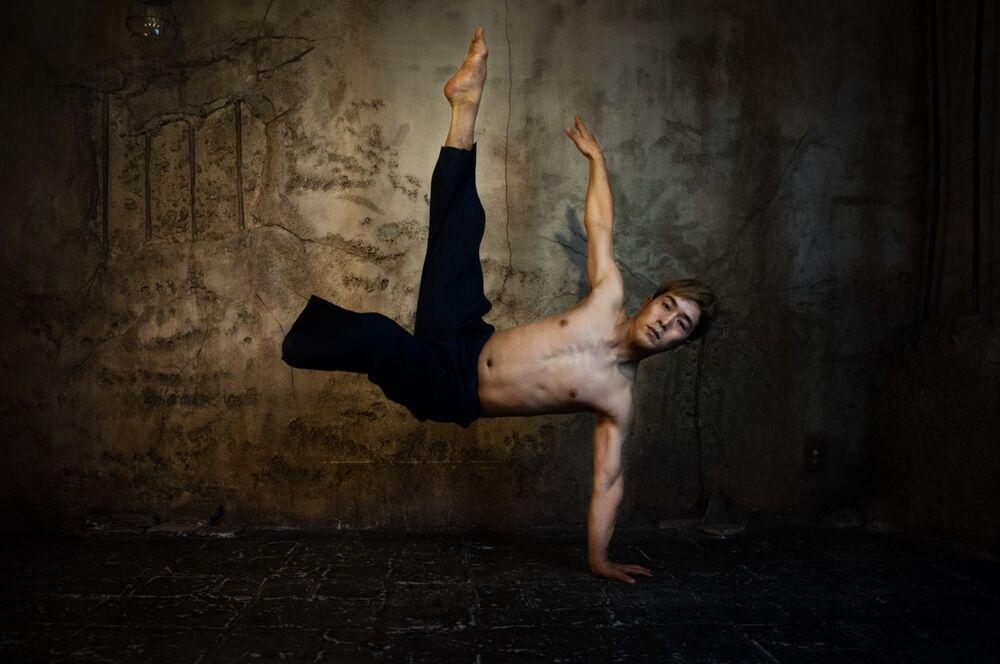 La foto Koichi Omae della fotografa italiana Silvia Alessi, che è stata la vincitrice nella categoria Italiano Volti affascinanti del concorso Siena International Photo Awards 2020.