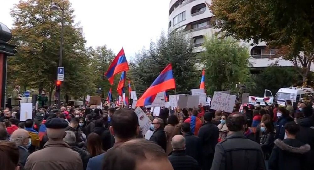 Armenian diaspora protests Nagorno-Karabakh conflict outside Turkish embassy in Paris