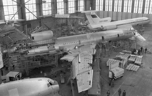 Tu-154 - foto d'epoca, la fabbricazione - Sputnik Italia