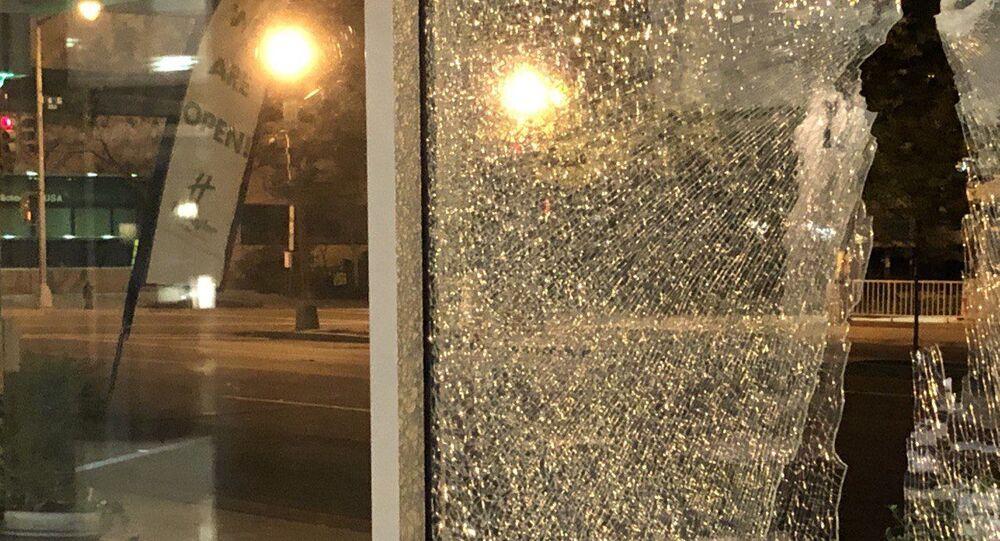 Una sparatoria è avvenuta in un hotel di Washington DC, dove alloggiavano i giornalisti che lavorano per il canale russo NTV alloggiavano