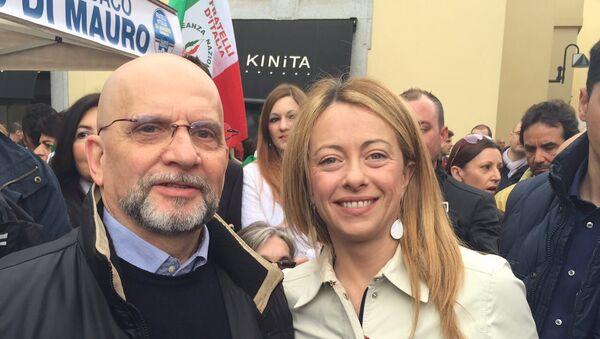 Adriano Crepaldi, presidente di Azione Cristiana Evangelica, con Georgia Meloni - Sputnik Italia