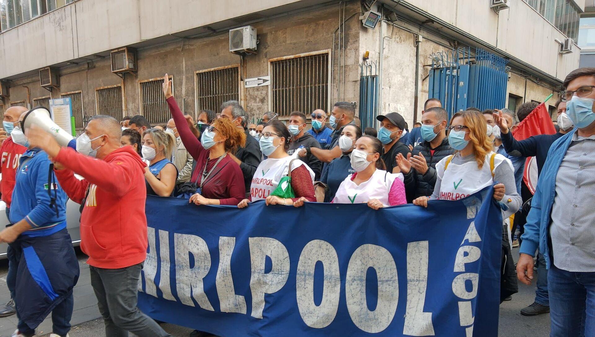 Whirlpool, la battaglia dei lavoratori continua - Sputnik Italia, 1920, 18.02.2021