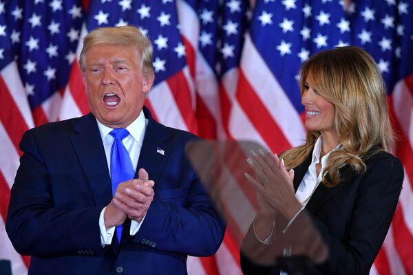 Il presidente statunitense Donald Trump durante la compagna elettorale per le elezioni presidenziali negli Usa 2020 - Sputnik Italia