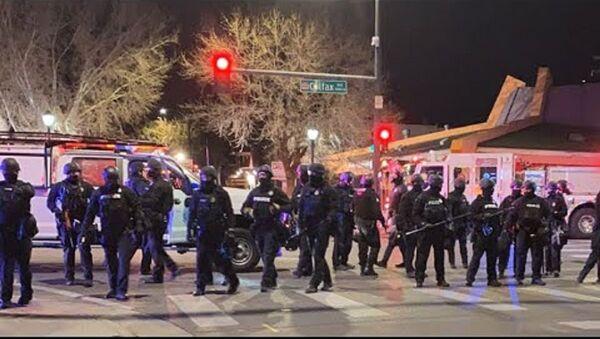 Proteste a Denver  - Sputnik Italia