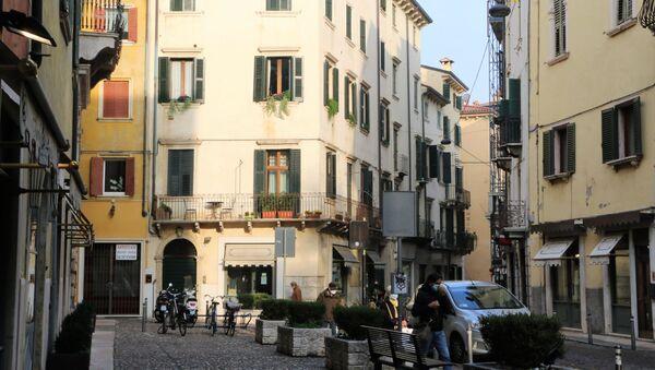 Una piazza in Italia - Sputnik Italia