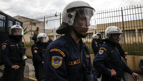 Polizia in Grecia - Sputnik Italia