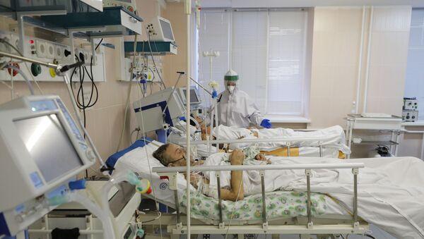 Malati di Covid-19 in un ospedale russo (foto d'archivio) - Sputnik Italia