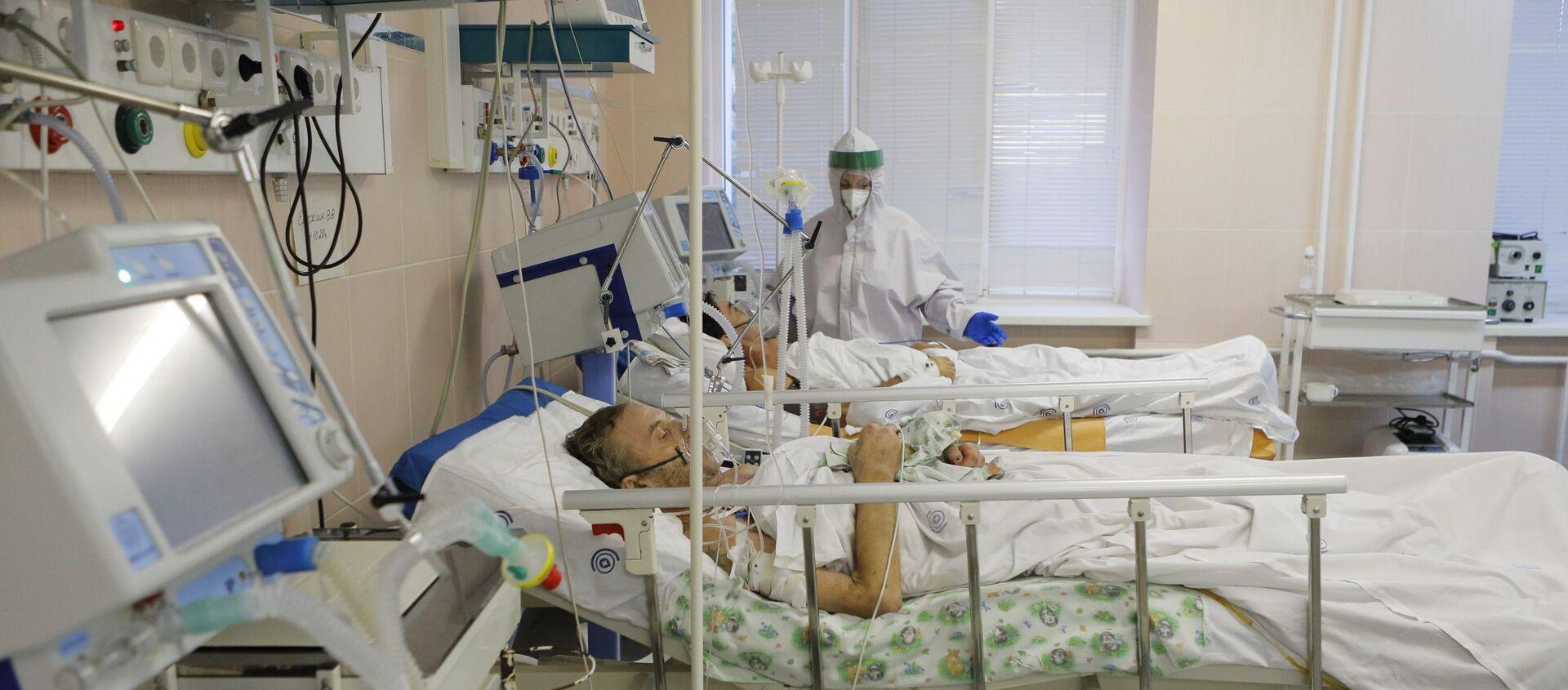 Malati di Covid-19 in un ospedale russo (foto d'archivio) - Sputnik Italia, 1920, 29.01.2021