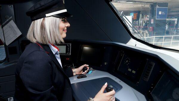 Presentazione dei nuovi treni per il trasporto regionale di FS nel Lazio - Sputnik Italia