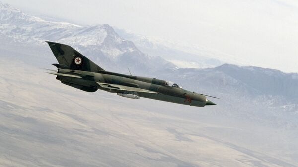 Un MiG-21 (imagen referencial) - Sputnik Italia