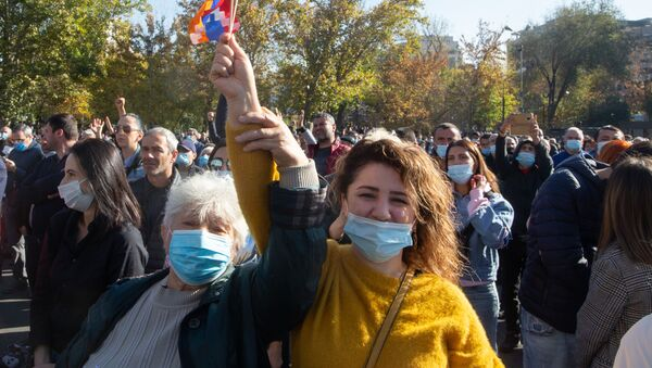 Manifestazione a Yerevan - Sputnik Italia